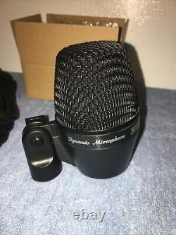 Shure PGA-52 LC Kick Bass Drum Guitar Cabinet Microphone PGA52+15 XLR Near Mint